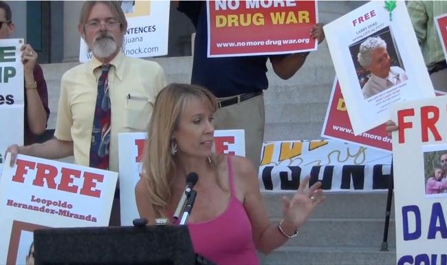 Amy Ralston Povah ask Obama to Pardon All Pot Lifers