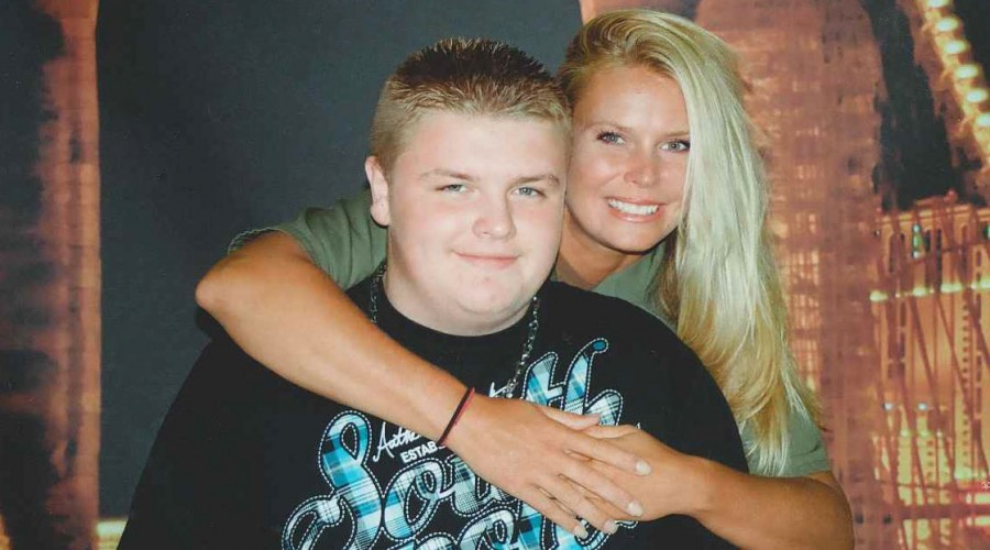 Melissa with her son